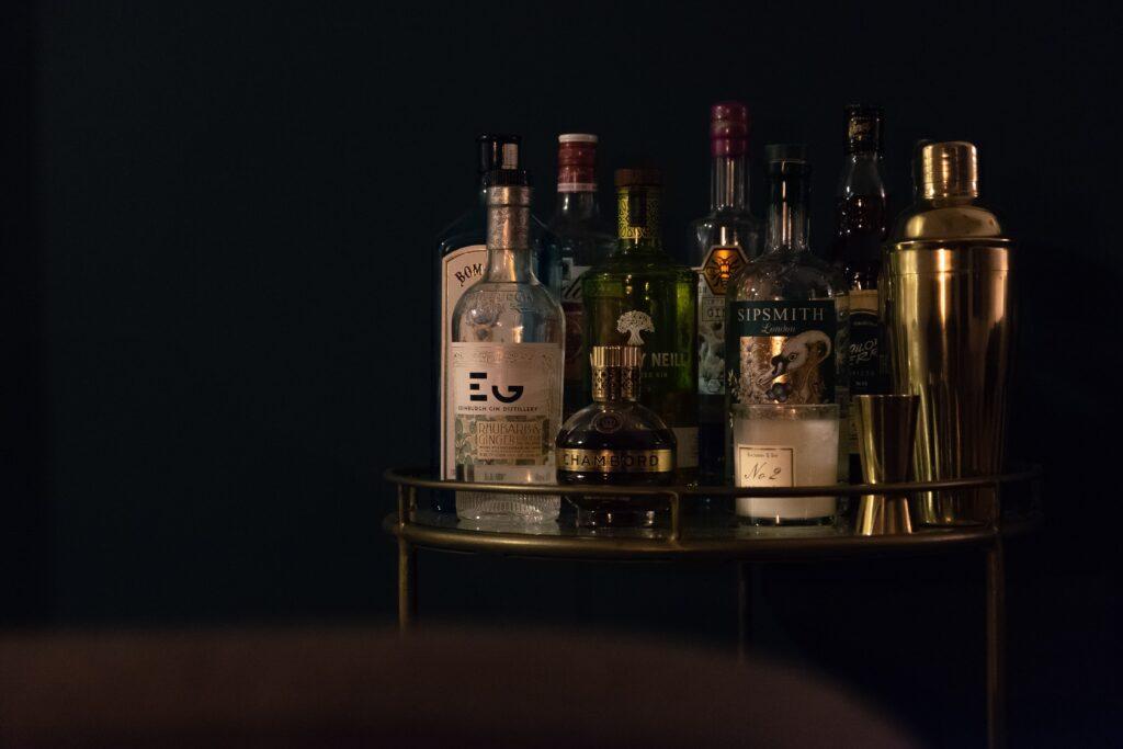 急性間欠性ポルフィリン症:アルコールで発作が起こる機序